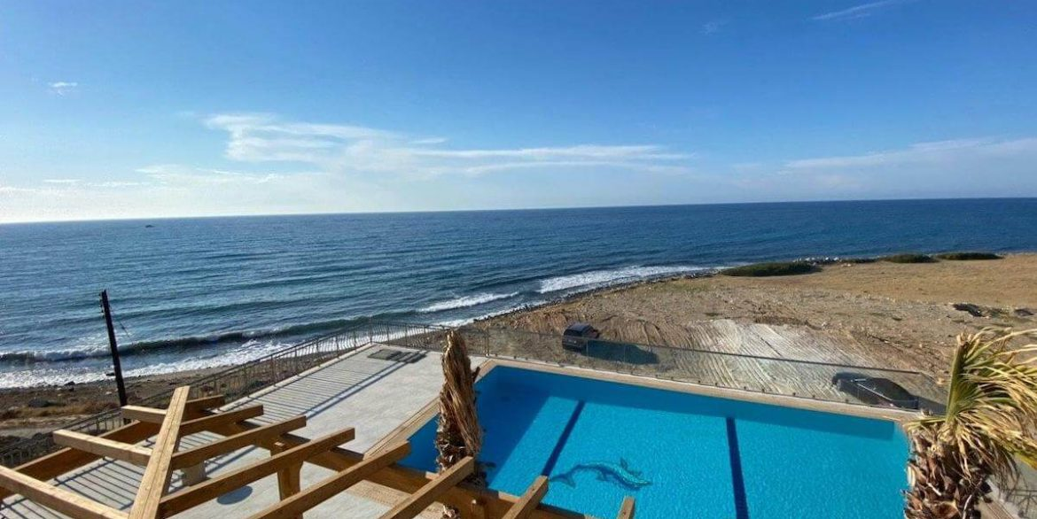 Esentepe Exclusive Beachfront Villa 4 Bed - North Cyprus 29