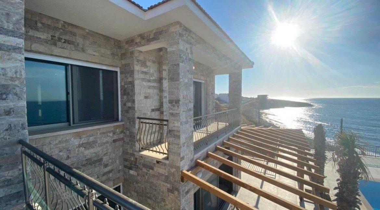 Esentepe Exclusive Beachfront Villa 4 Bed - North Cyprus 35