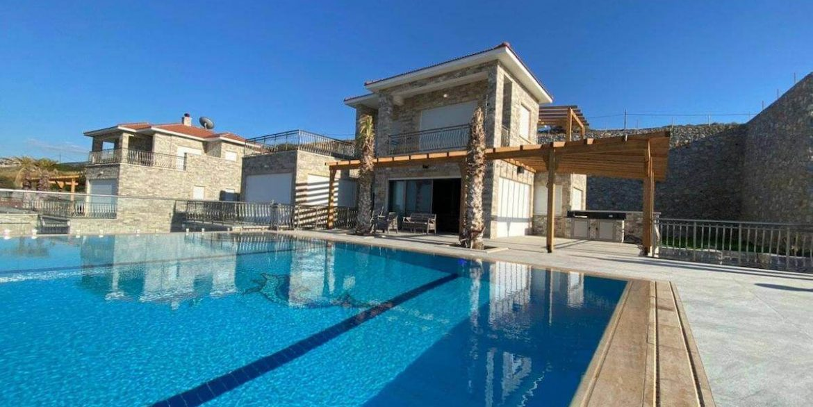 Esentepe Exclusive Beachfront Villa 4 Bed - North Cyprus 4