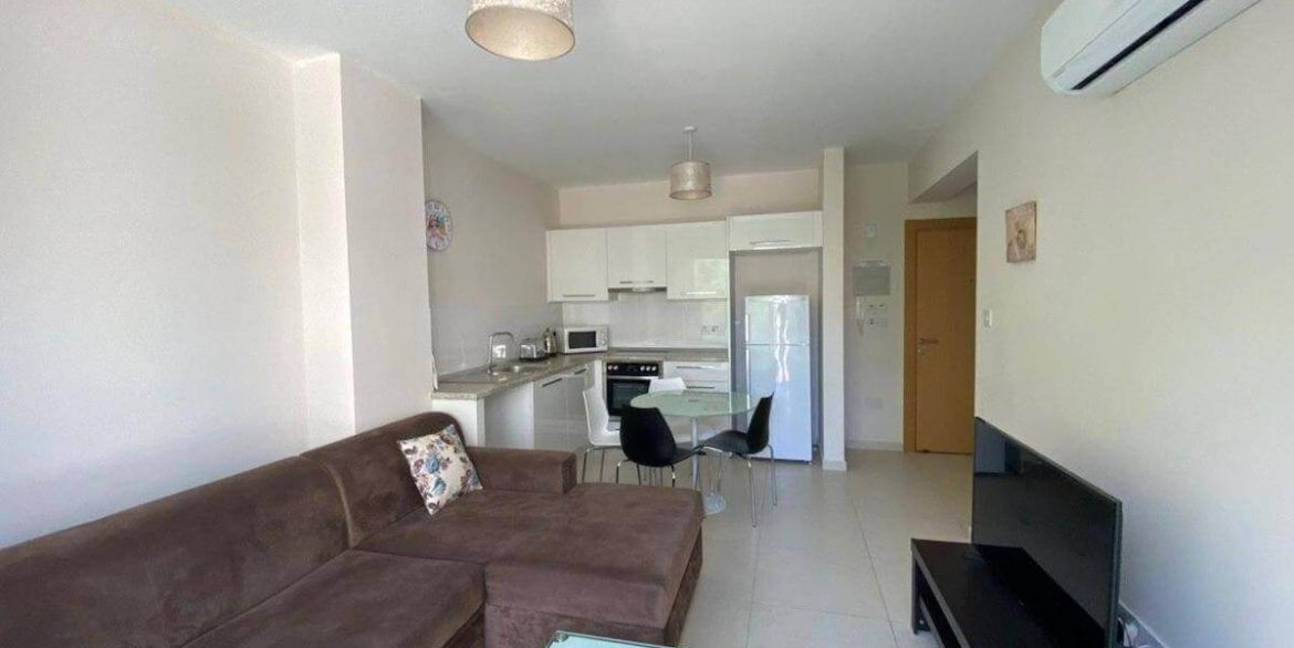 Central Kyrenia Modern Apartment 2 Bed - North Cyprus Property 11