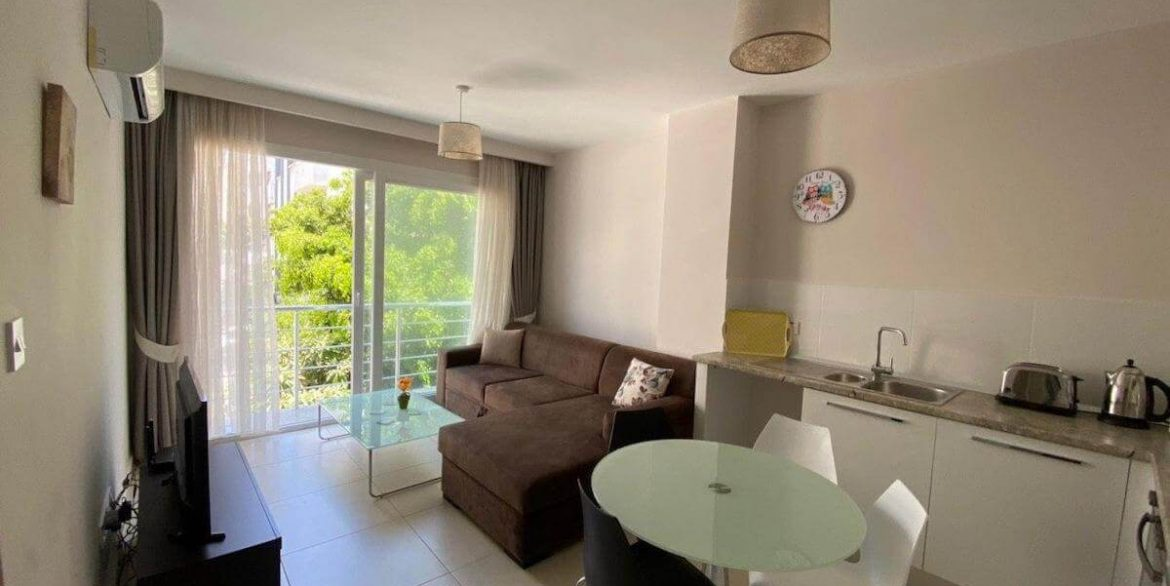 Central Kyrenia Modern Apartment 2 Bed - North Cyprus Property 8