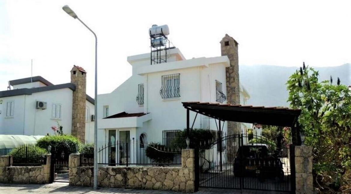 Lower Bellapais Mountain View Villa 4 Bed - North Cyprus Property 18