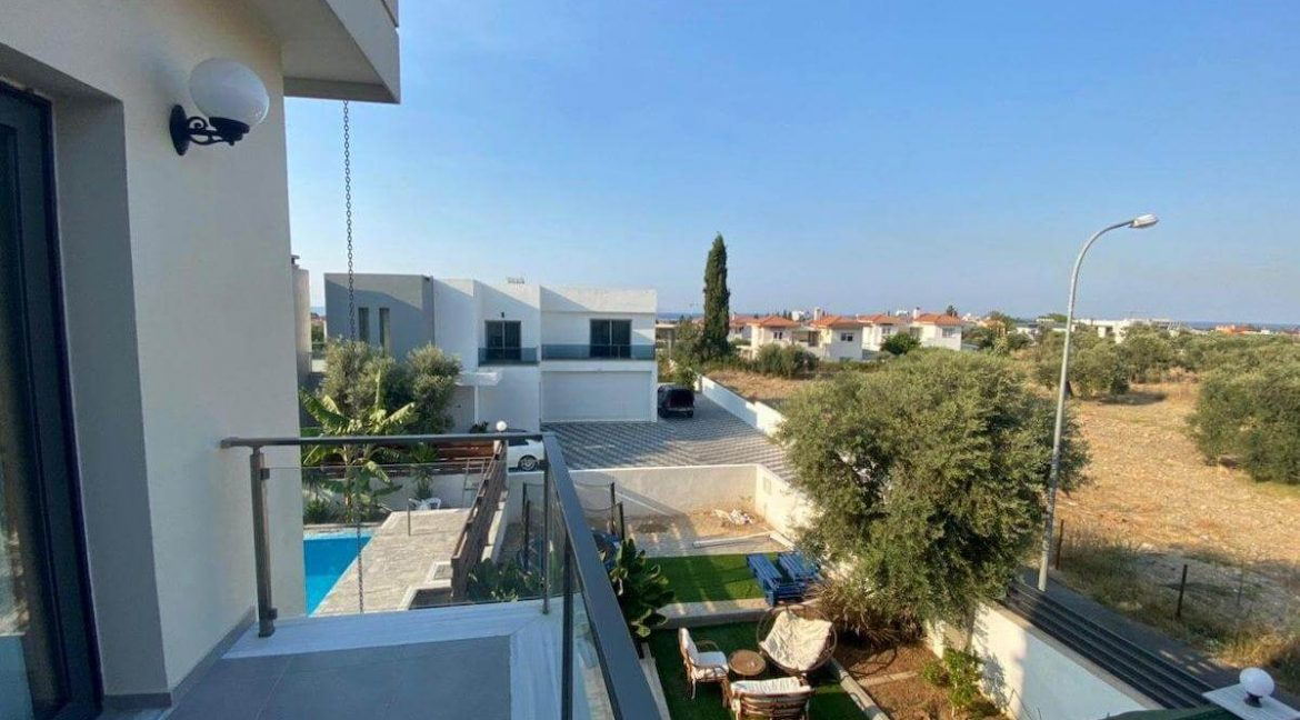 Catalkoy Modern Luxury Villa 4 Bed - North Cyprus Property 16