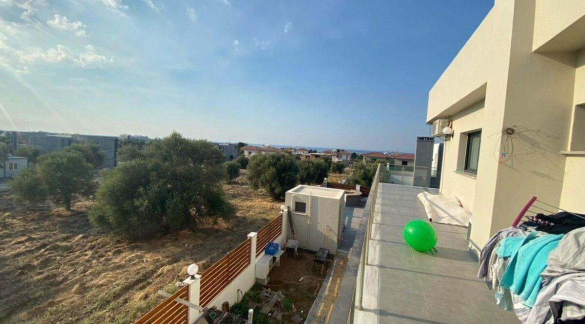 Catalkoy Modern Luxury Villa 4 Bed - North Cyprus Property 19
