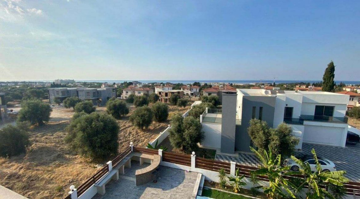 Catalkoy Modern Luxury Villa 4 Bed - North Cyprus Property 4