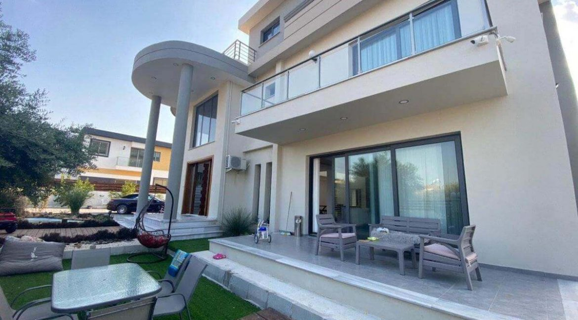 Catalkoy Modern Luxury Villa 4 Bed - North Cyprus Property 43