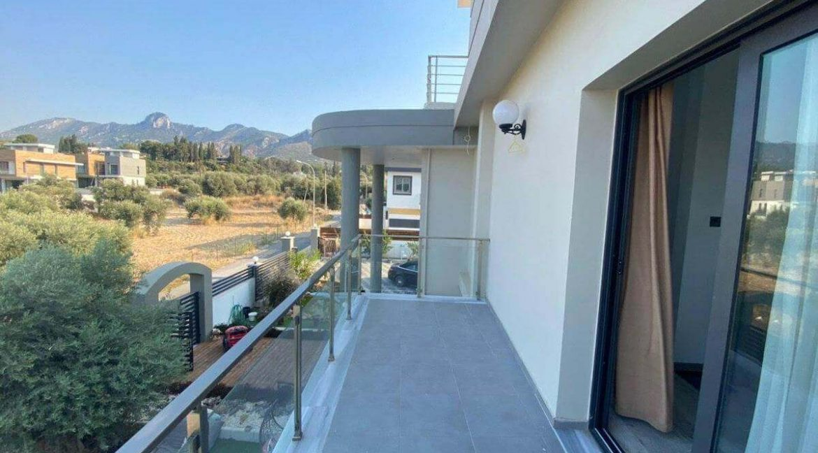 Catalkoy Modern Luxury Villa 4 Bed - North Cyprus Property 8