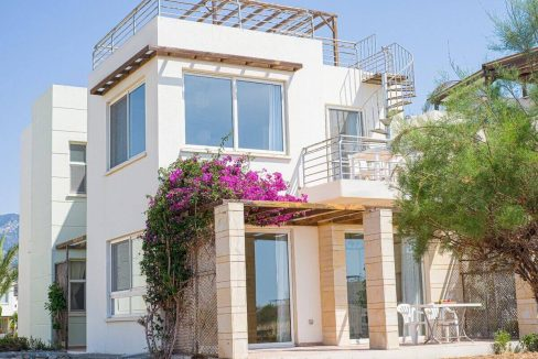 Turtle Beach & Golf Apartment 2 Bed - North Cyprus Property 16
