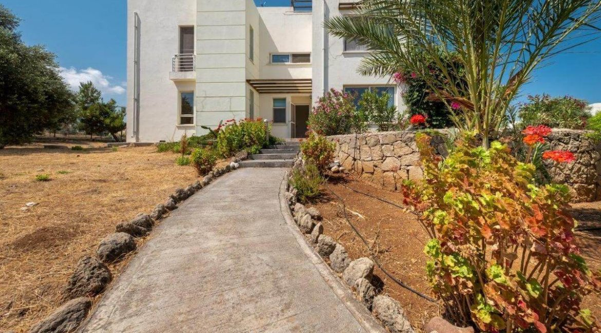 Turtle Beach & Golf Apartment 2 Bed - North Cyprus Property 2
