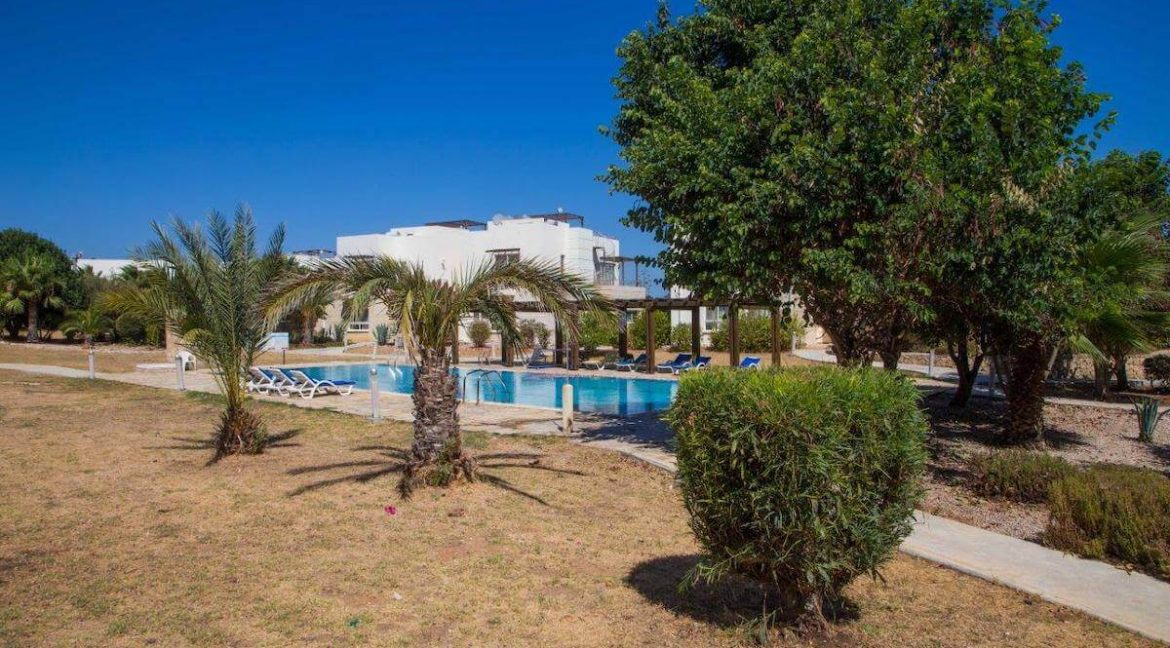 Turtle Beach & Golf Garden Apartment 2 Bed - North Cyprus Property 11