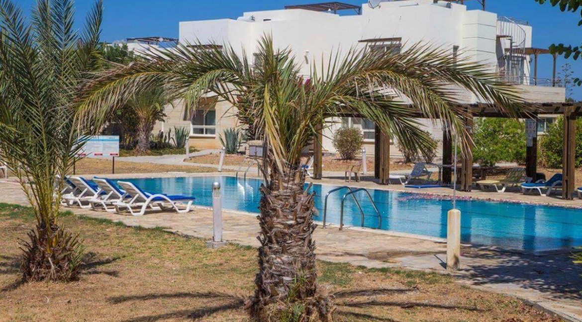 Turtle Beach & Golf Garden Apartment 2 Bed - North Cyprus Property 12