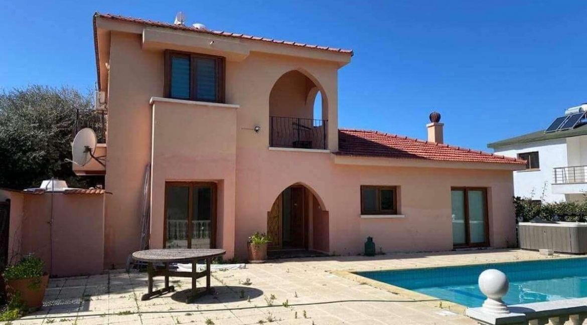 Catalkoy Palms Villa 4 Bed - North Cyprus Property 11