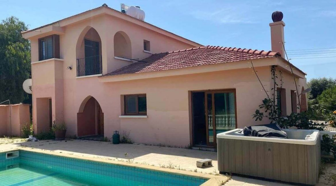 Catalkoy Palms Villa 4 Bed - North Cyprus Property 44