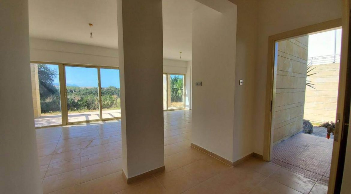 Turtle Beach Golf Seaview Groundfloor Apartment 3 Bed - North Cyprus Property 14