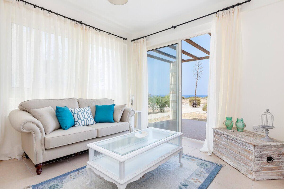 Turtle Beach & Golf Frontline Garden Apt 2 Bed
