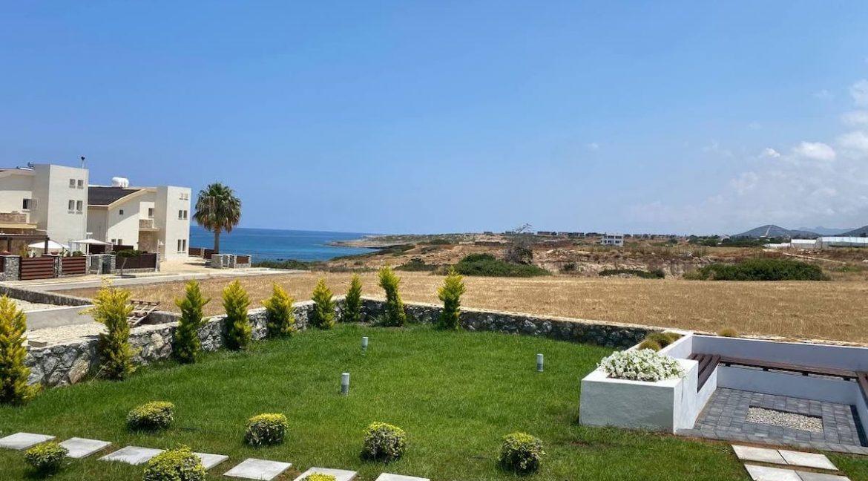 Tatlisu Seafront Exclusive Villa 4 Bed - North Cyprus Property 1