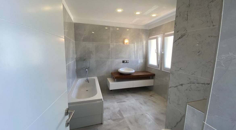 Tatlisu Seafront Exclusive Villa 4 Bed - North Cyprus Property 16