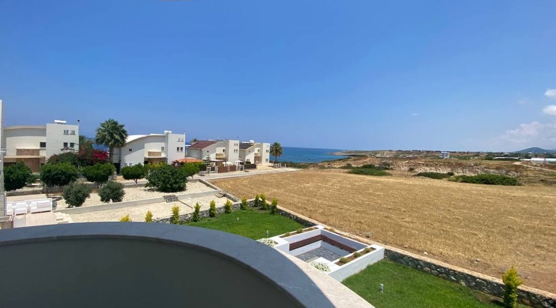 Tatlisu Seafront Exclusive Villa 4 Bed - North Cyprus Property 19