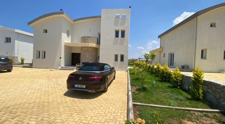 Tatlisu Seafront Exclusive Villa 4 Bed - North Cyprus Property 24