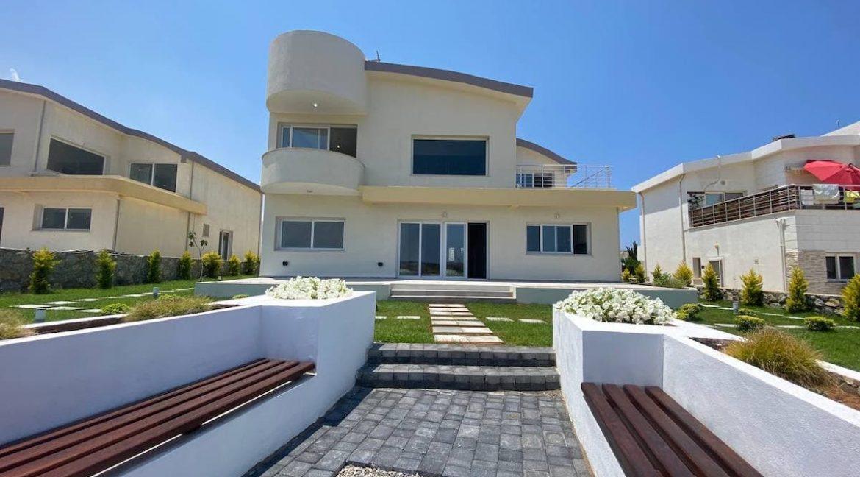 Tatlisu Seafront Exclusive Villa 4 Bed - North Cyprus Property 27
