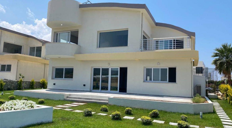 Tatlisu Seafront Exclusive Villa 4 Bed - North Cyprus Property 28