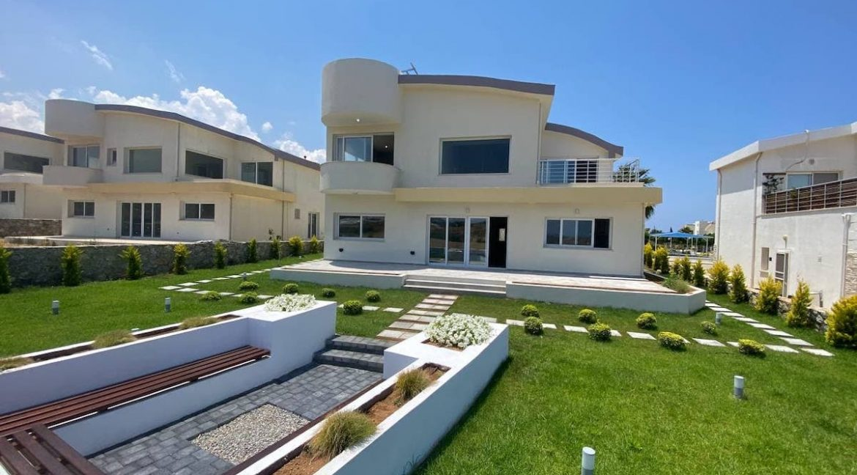 Tatlisu Seafront Exclusive Villa 4 Bed - North Cyprus Property 30