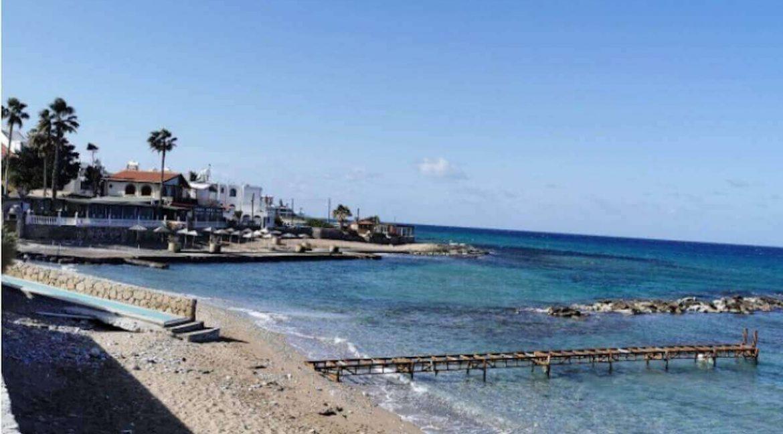 Beach in Karaoglanoglu - North Cyprus 2